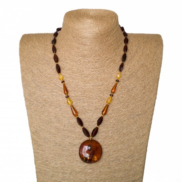1 round cognac pendant x cognac beads necklace