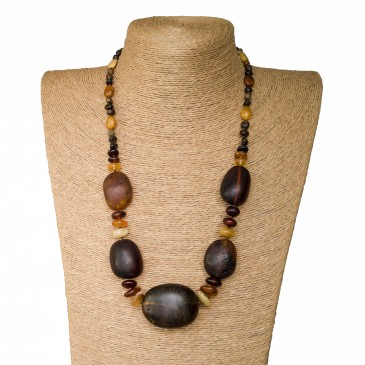 5 dark frozen oval x mix beads necklace