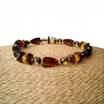 Cognac fragments x dark faceted beads bracelet