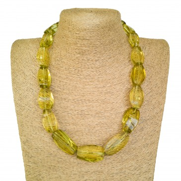 Light green color fragmented copal necklace #02
