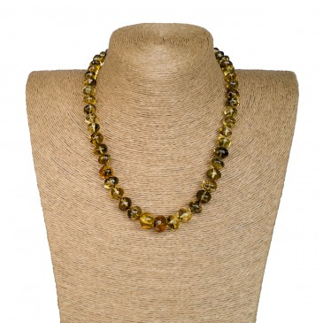 M green baroque necklace