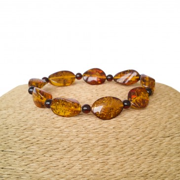 Twisted cognac bracelet