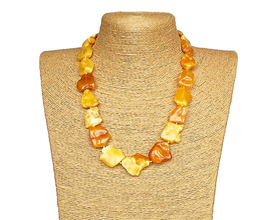 M free form natural color necklace