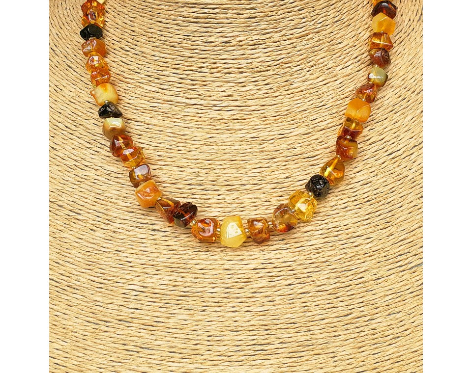 Multicolor natural amber faceted squares necklace