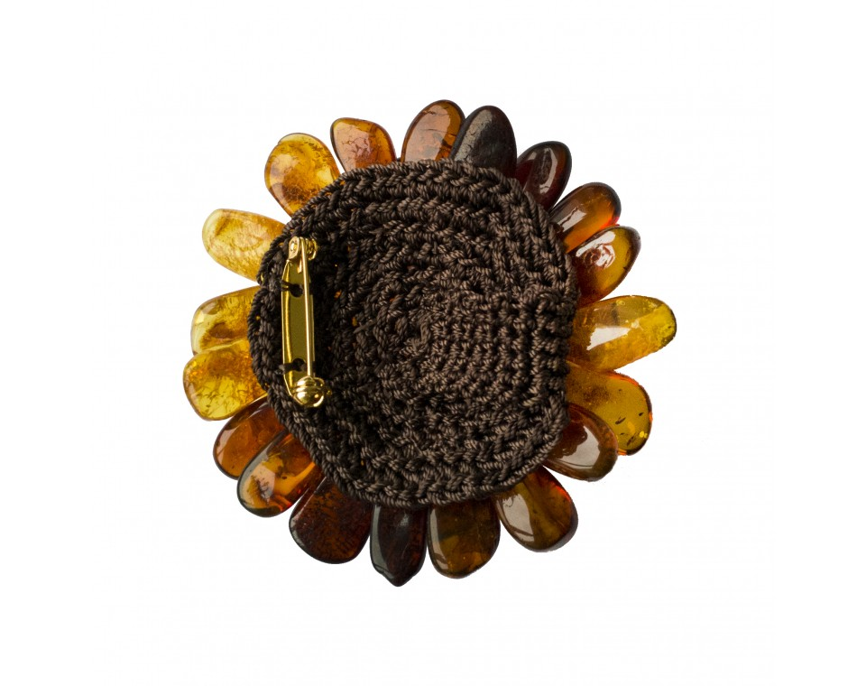 Cognac aster brooch with natural leather string