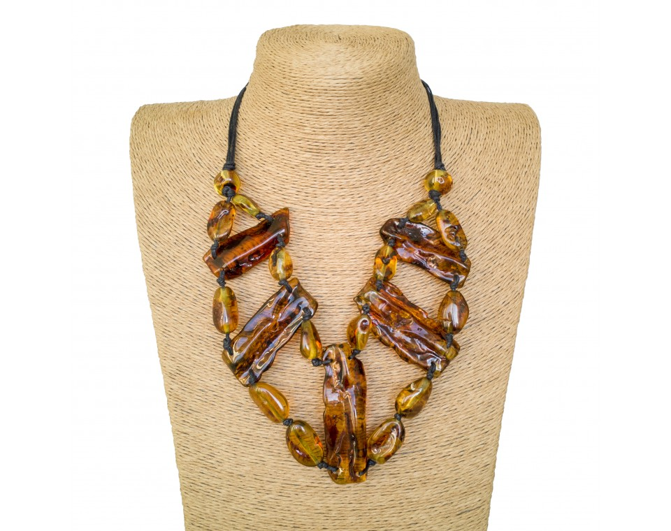 Cognac color 5pcs copal necklace composition