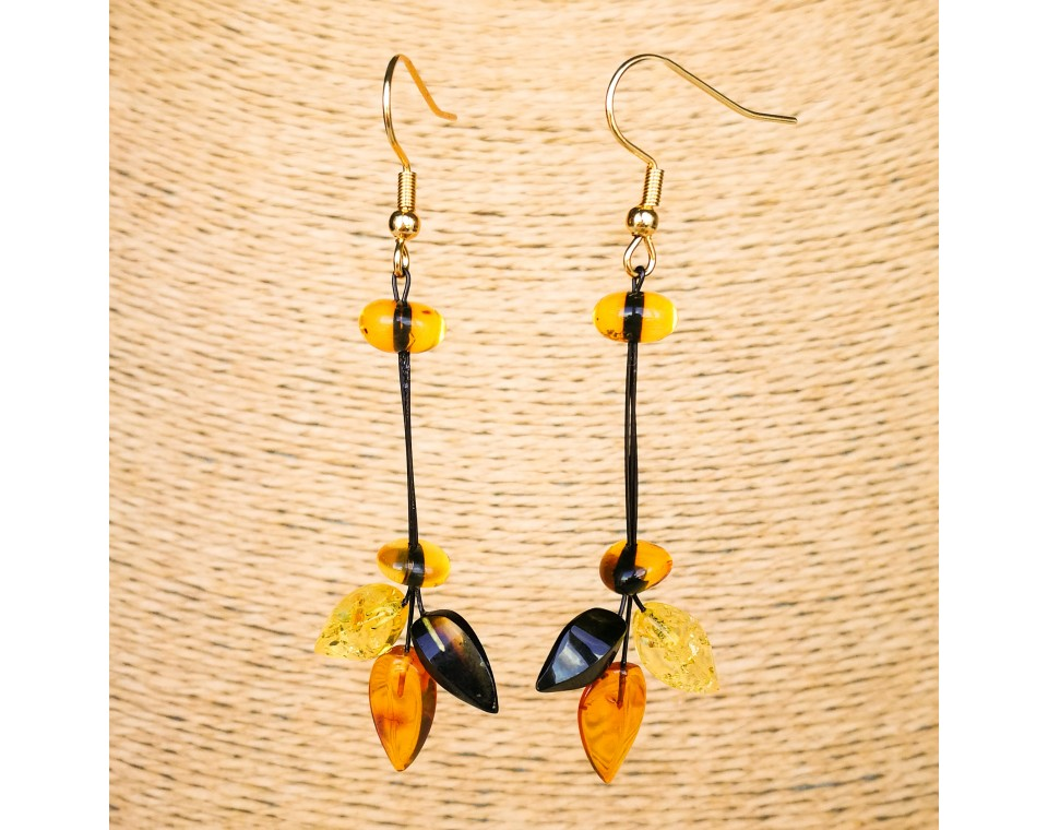 Mix color natural amber ivy earrings #03