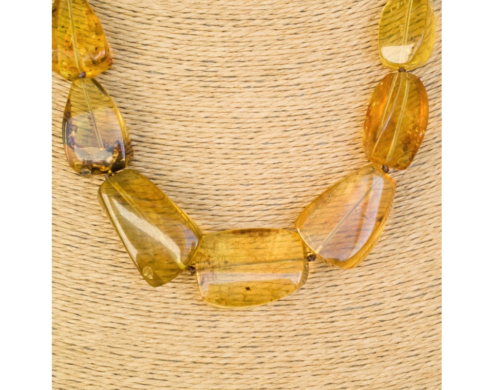Fragmented copal necklace in light cognac color #01