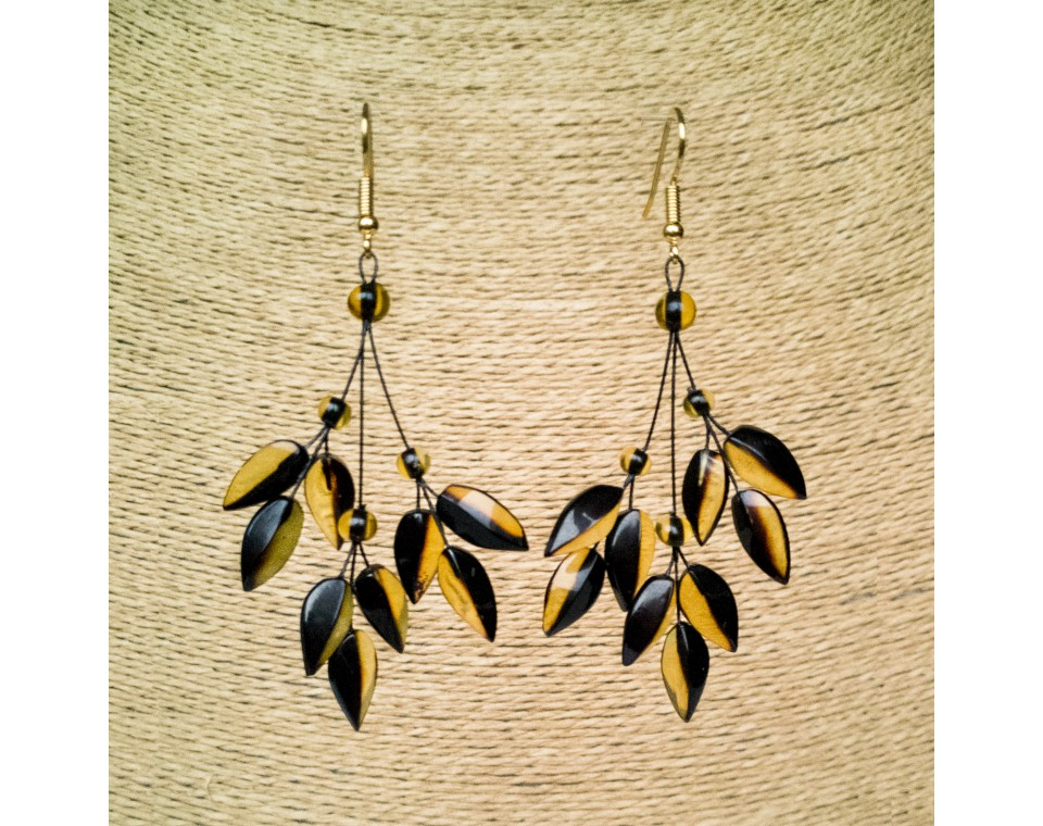 Green color natural amber ivy earrings #01