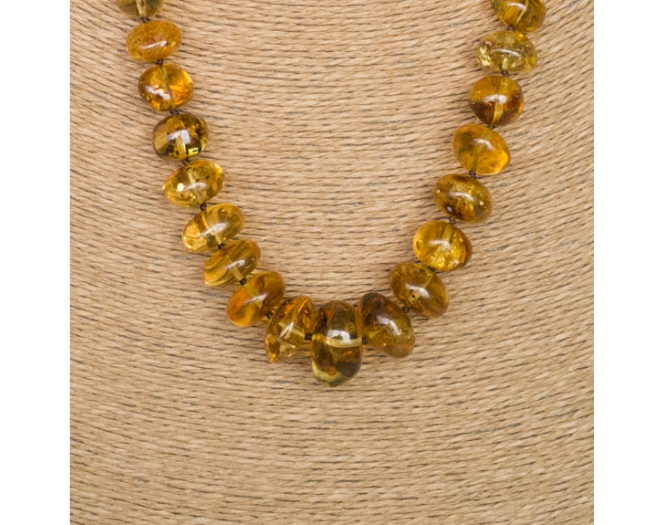L green nuggets necklace