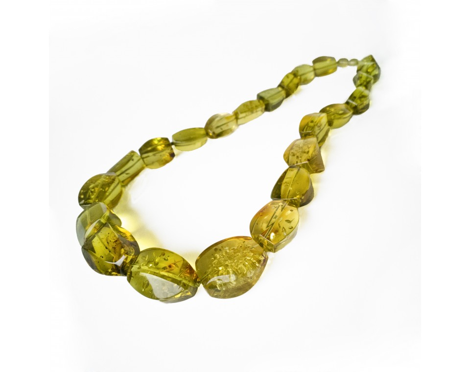 Light green color fragmented copal necklace #01