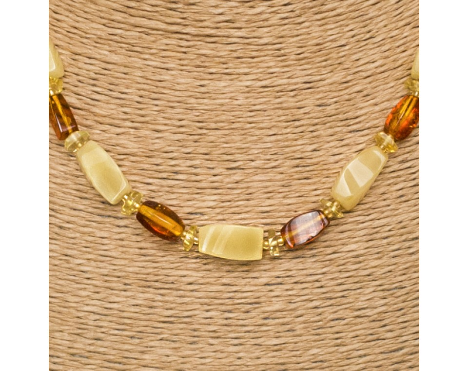 M matt x cognac fragments short necklace