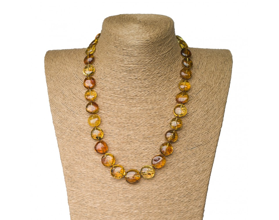 M round green long statement necklace with inclussions