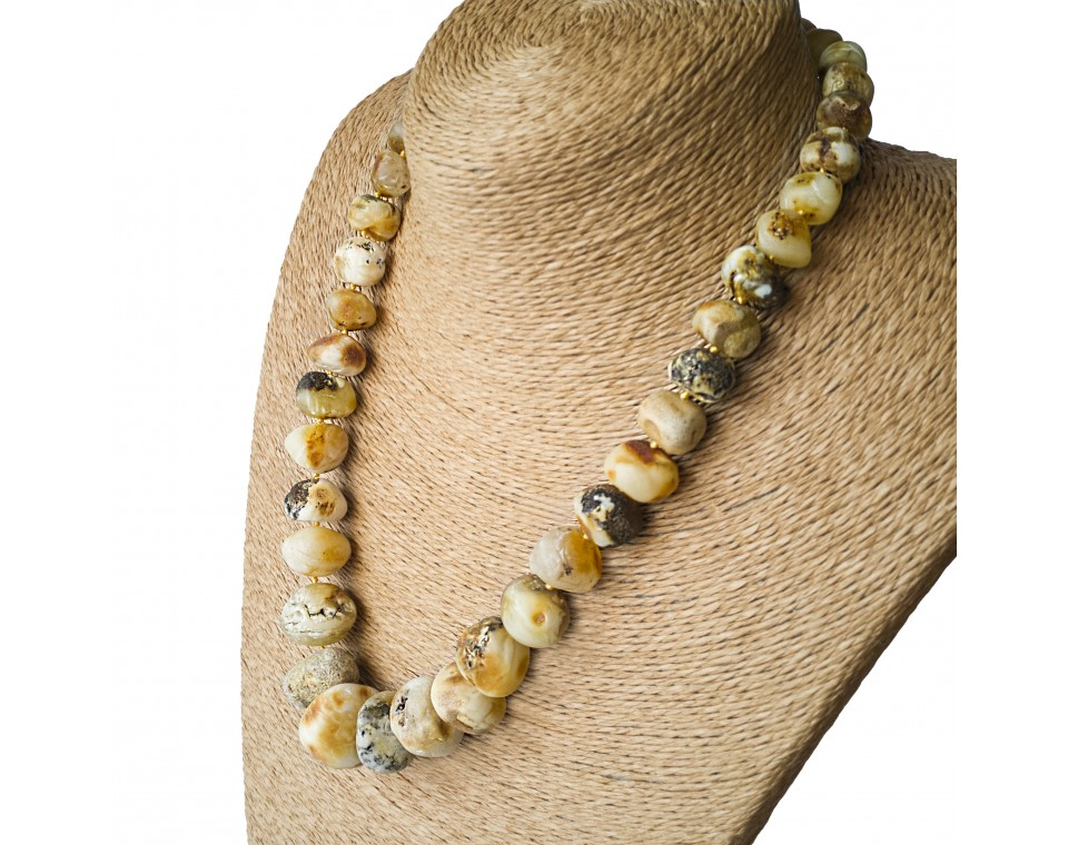 M white raw amber nuggets necklace