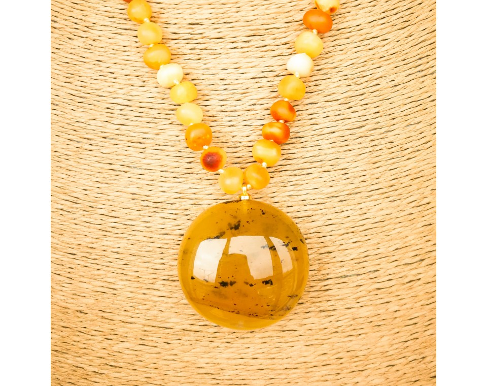 Matt x caramel color natural amber pendant necklace