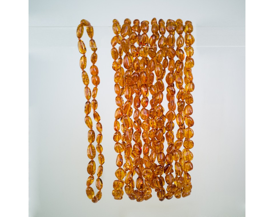 Natural amber beans teething baby necklace in cognac color (10pcs)