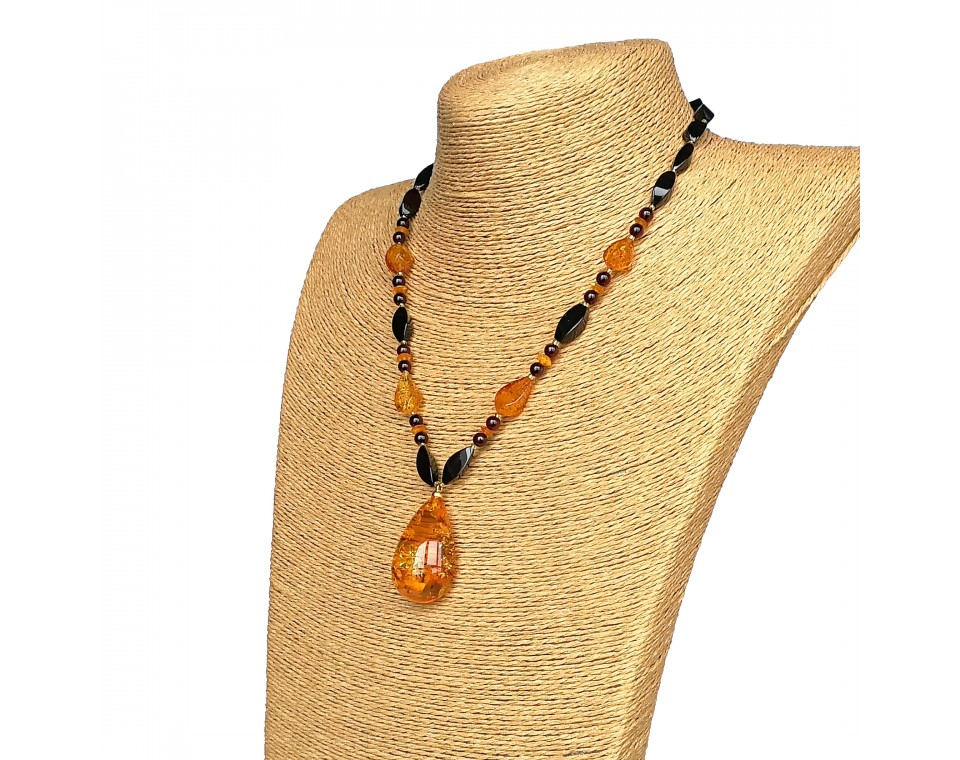 Twisted shape cognac color natural amber pendant necklace #01