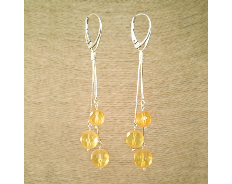 SY earrings with 3 faceted lemon details