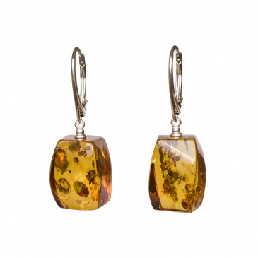 Cognac color amber earrings fragments #01