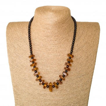 Faceted cognac x round cherry beads necklace