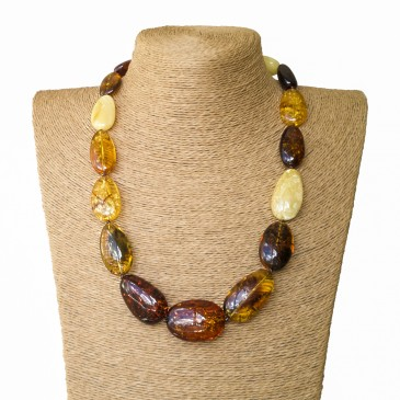 L oval earth statement necklace