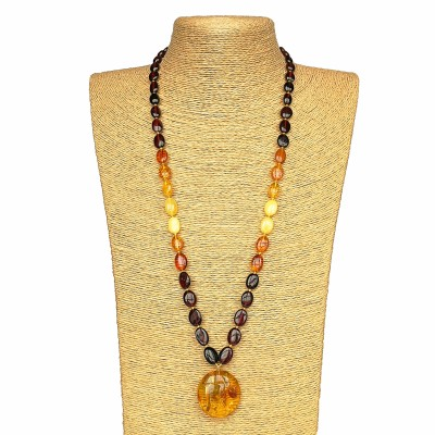 1 round cognac pendant x rainbow beads necklace