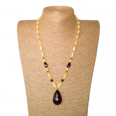 1 cherry drop x matt beads necklace