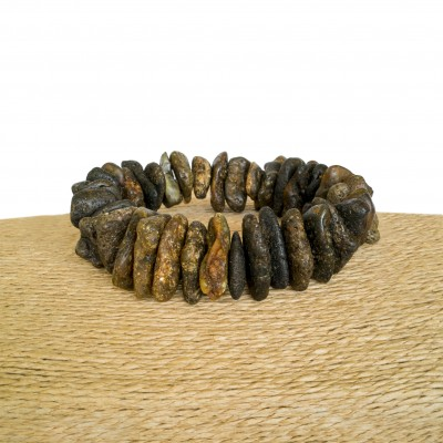 Massive black amber natural shape chips bracelet