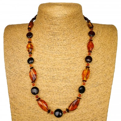 Cognac x cherry drops short necklace