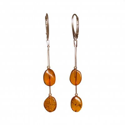 SY earrings with 2 flat cognac plums