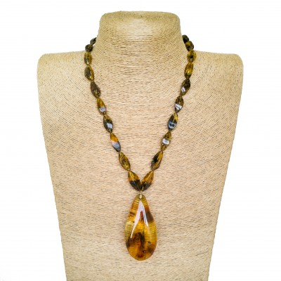 Twisted natural amber green beads and drop pendant necklace