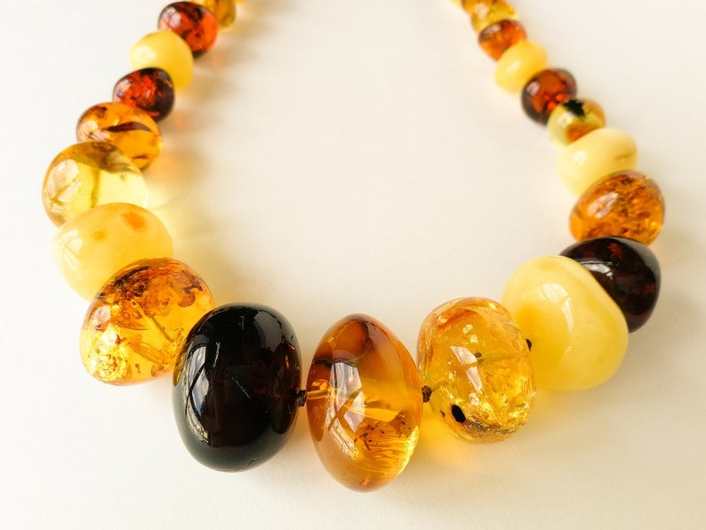 mix color amber necklace
